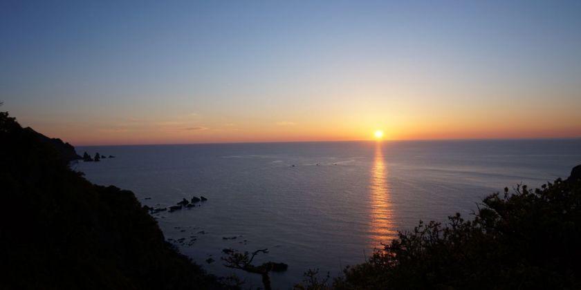 「夕日 海」の画像検索結果